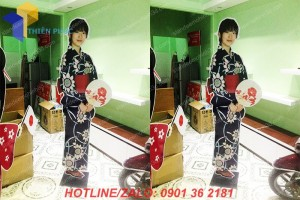 standee hinh nguoi gia re hcm